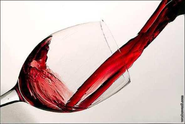 Вино полусладкое