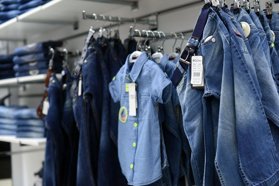 Одежда джинсовая для мальчиков