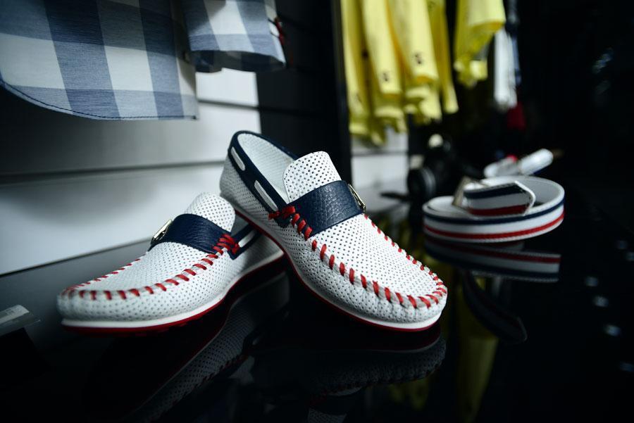Купить Обувь для мальчиков трехцветная