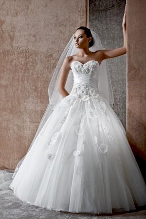 f18e270c021 Платье подвенечное купить в Баку