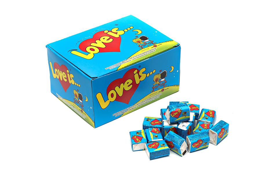 Купить Жевательная резинка Love is... со вкусом клубники и банана