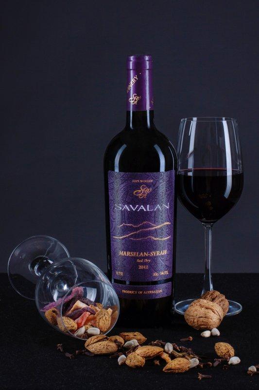 Вино Марселан-Сира красное сухое