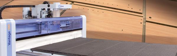 Обрабатывающий центр с ЧПУ портальной конструкции WEEKE Vantage 100