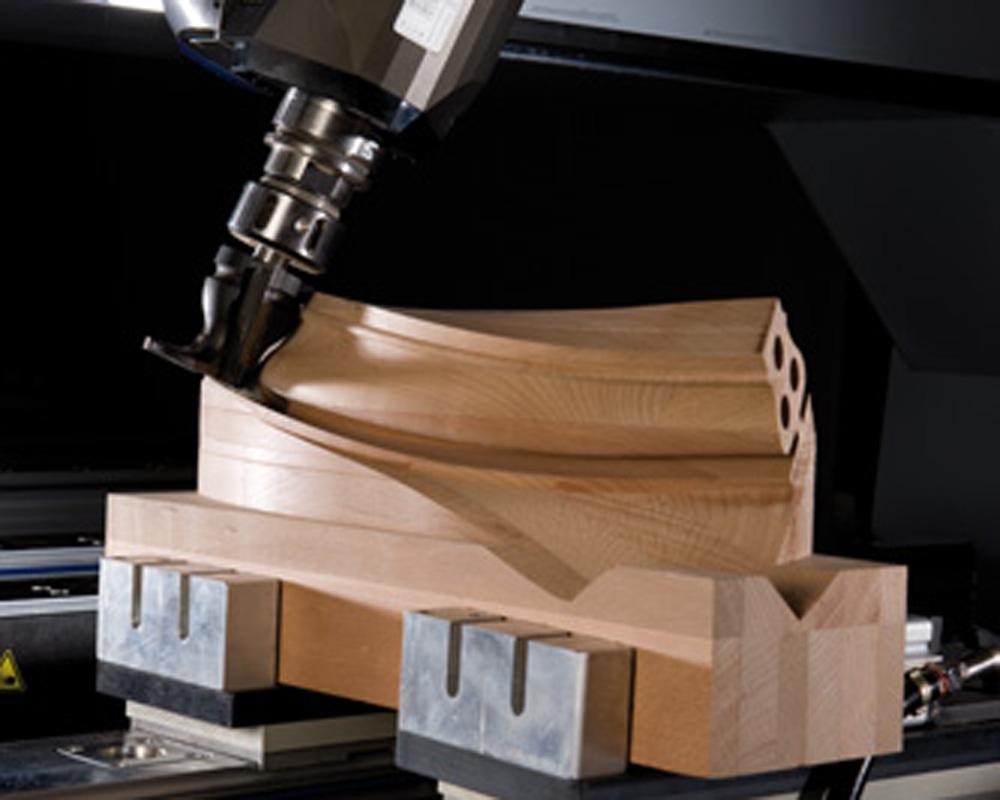 Обрабатывающие центры с ЧПУ BMG 500/600 - производство лестниц