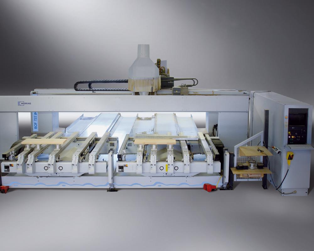 Обрабатывающие центры с ЧПУ B700 - изготовление лестниц