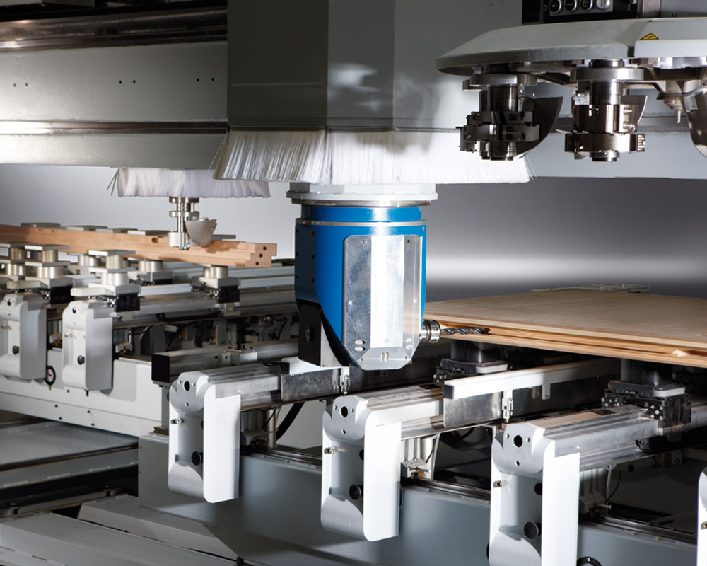 The processing centers with ChPU B600 - production of doors