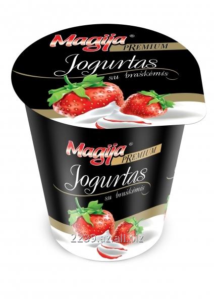 Buy Magija Premium yogurt layered yogurt with strawberry