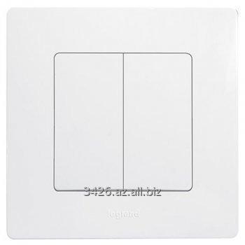 Купить Legrand Etika Белая Рамка одинарная,относящееся к группе Etika Рамки раздела Розетки и Выключатели, Код 672501