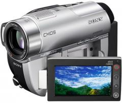 Видеокамера Sony DCR-DVD 910