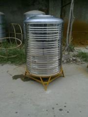 Нержавеющий бак для хранения воды в частных домах, виллы, дачи.