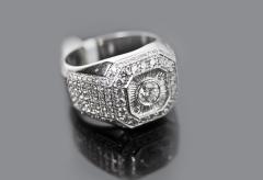 Кольцо обручальное золотое с бриллиантами