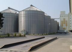 Grain tanks