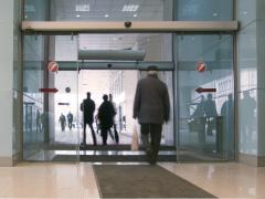 Прозрачные и полу прозрачные двери