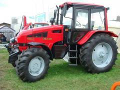 Тракторы Беларус 1221