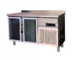 Refrigerating table