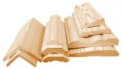 Погонажные изделия из натуральной древесины.