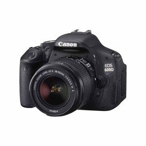 Цифровые фотоаппараты  Canon EOS 600D (18-55)