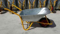 Wheelbarrows are garden manual