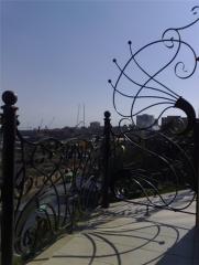 Ограждения кованые балконные