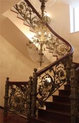 Кованые изделия (люстры, поручни, лестницы)