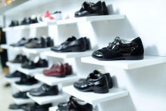 Обувь для мальчиков разная
