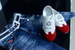 Джинсы и обувь для мальчиков