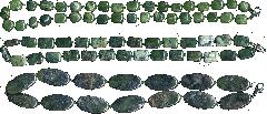 Бусы из натурального с рисунком темно-зеленого