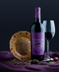 Вино Каберне-Мерло красное полусладкое