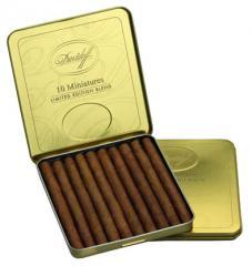 Dominican cigarillos of Davidoff Limited Edition