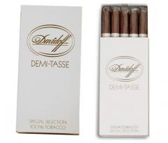 Dominican cigarillos of Davidoff Demi-Tasse