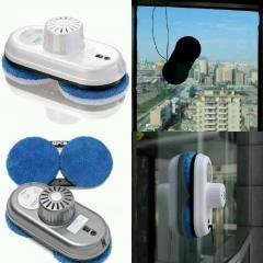 Окна стирающий робот