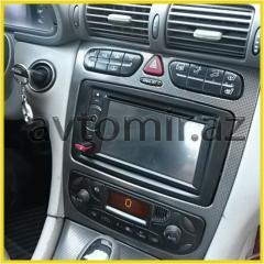 Mercedes W203 üçün DVD-monitor.DVD-monitor for