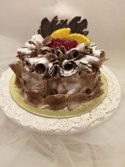 Tort monalıza vısne qara bıskıvıt qozl