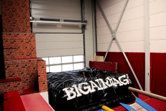 Inflatable airbags for trampoline parks