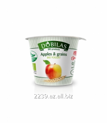 Environmentally friendly yogurt with apples and