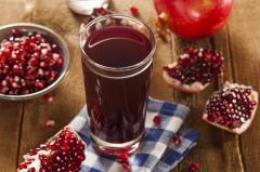 Garnet juice of direct extraction