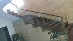Стекло для лестниц