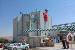 Yem zavodu. Saatda 5 tondan 25 tona qədər emal gücünə malik Viteral markalı yem zavodları.
