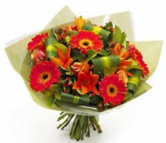 Цветочные корзины, букеты цветов