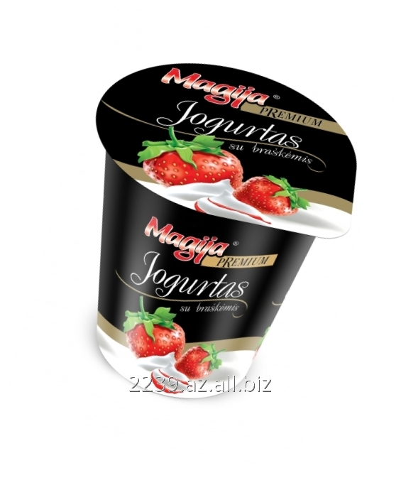 jogurt_magija_premium_sloistyj_jogurt_s_klubnikoj
