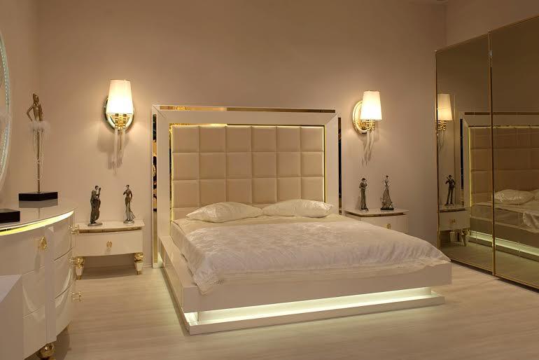 Casa Bella Champagne Gold 70 Mirrored Console 155570 Cabinet