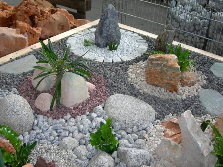 for Grillage jardin avec pierre
