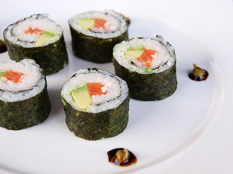 Заказать Приготовление блюд: суши