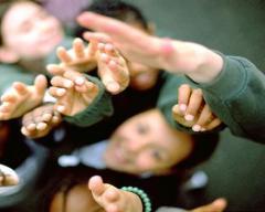 Помощь молодежи
