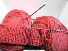 Knitting courses a hook and on spokes
