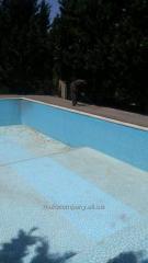 Мойка бассейнов и прилегающей к ним территории
