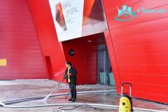 Профессиональная уборка комплексов и прилегающих к ним территорий