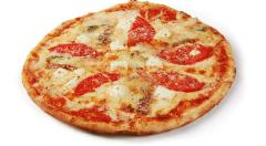 Приготовление блюд: пицца Четыре сыра