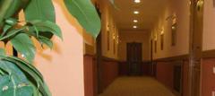 Гостиницы, мотели и кемпинги.